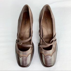 Clark's Brown Leather Wedge Size 6.5 M